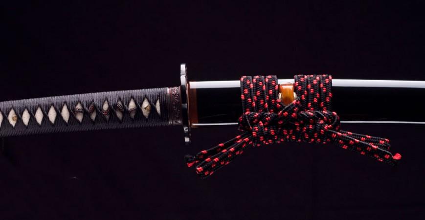 WHAT ARE THE SAMURAI YARINOHANZO SWORDS LIKE?